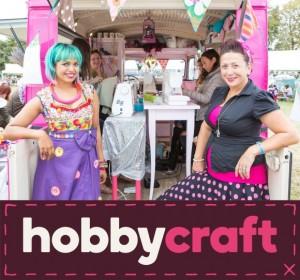 Libby&Momtaz pinkbusproject
